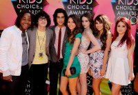 ariana-grande-victorious-cast