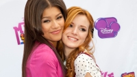 zendaya-bella-thorne-shake-it-up-ending