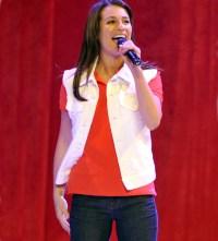 lea-michele-singing-1