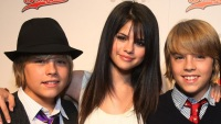 selena-dylan-cole-sprouse-twitter-war