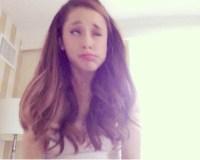 ariana-grande-deleted-selfie-main