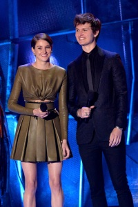 shailen-woodley-mtv-movie-awards