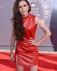 cher-lloyd-dropped-from-label