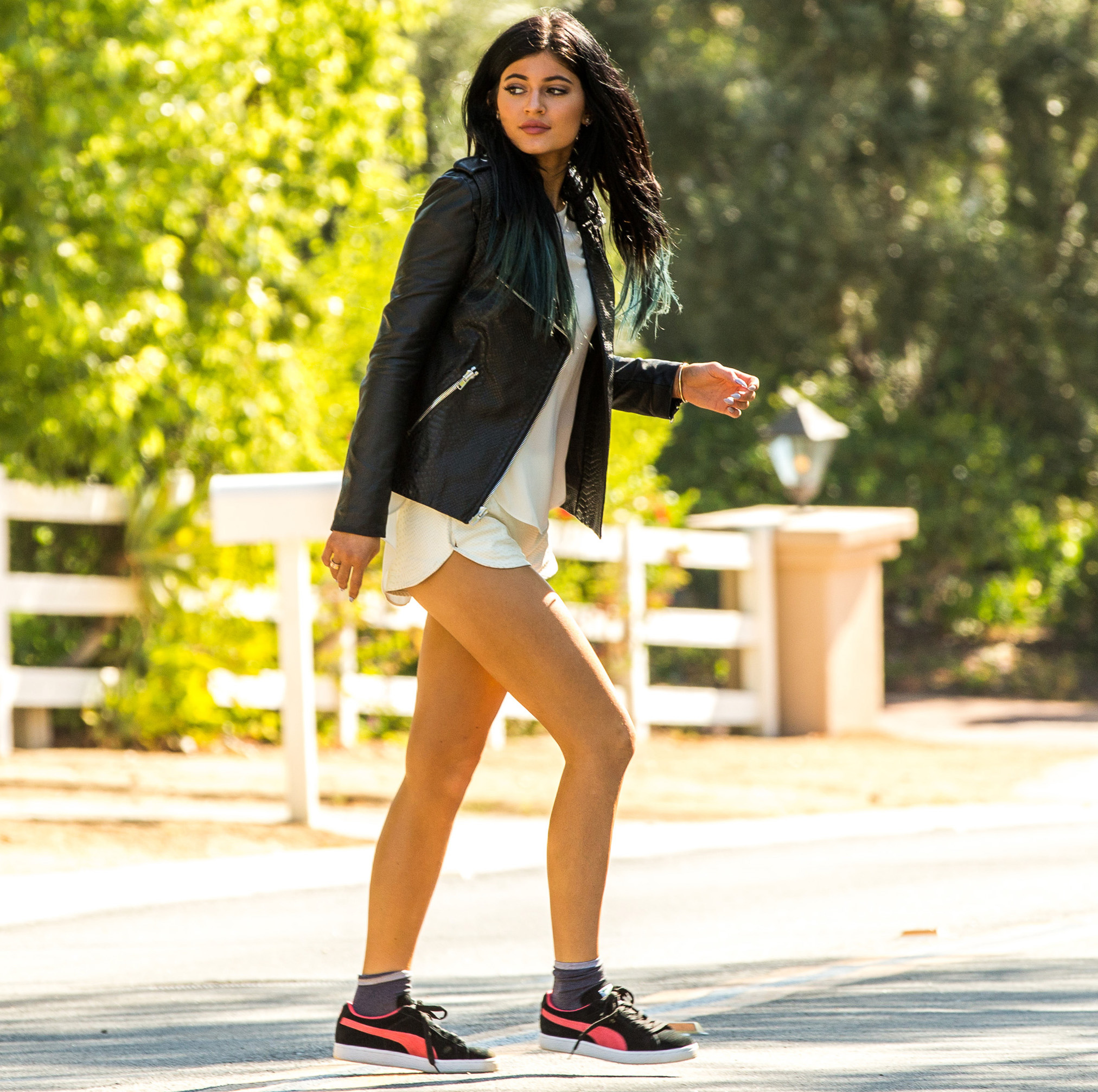kylie-jenner-moves-out
