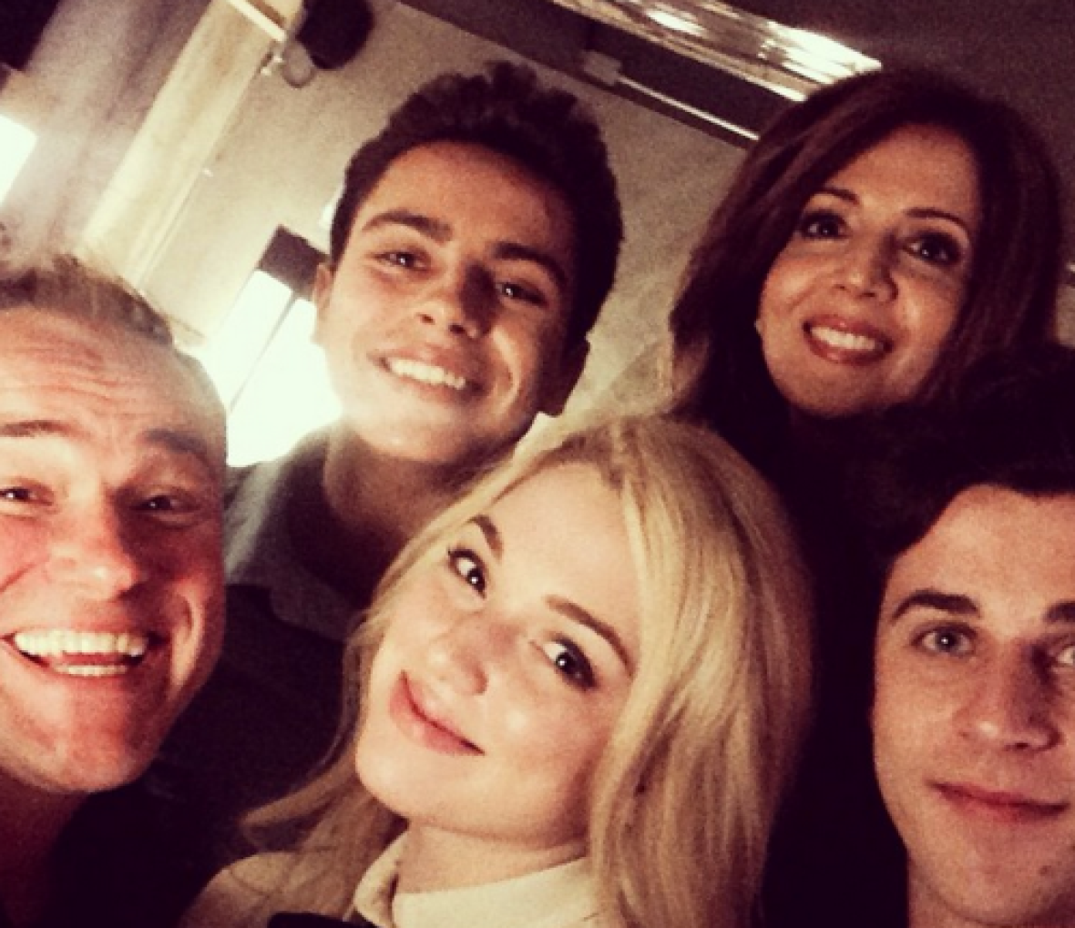 wizards of waverly place reunion dinner