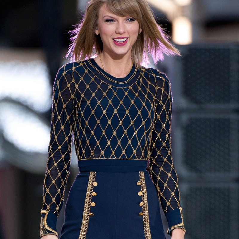 Get The Deets On Taylor Swift S 1989 World Tour J 14