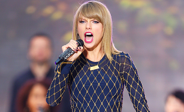 Taylor Swift, One Direction And More At Dick Clark's New ...