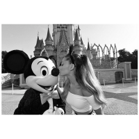 ariana-grande-obsessed-with-disney-3