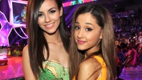 ariana-grande-victorious-justice-friendship