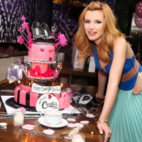 Excellent 14 Over The Top Celebrity Birthday Cakes Funny Birthday Cards Online Aboleapandamsfinfo