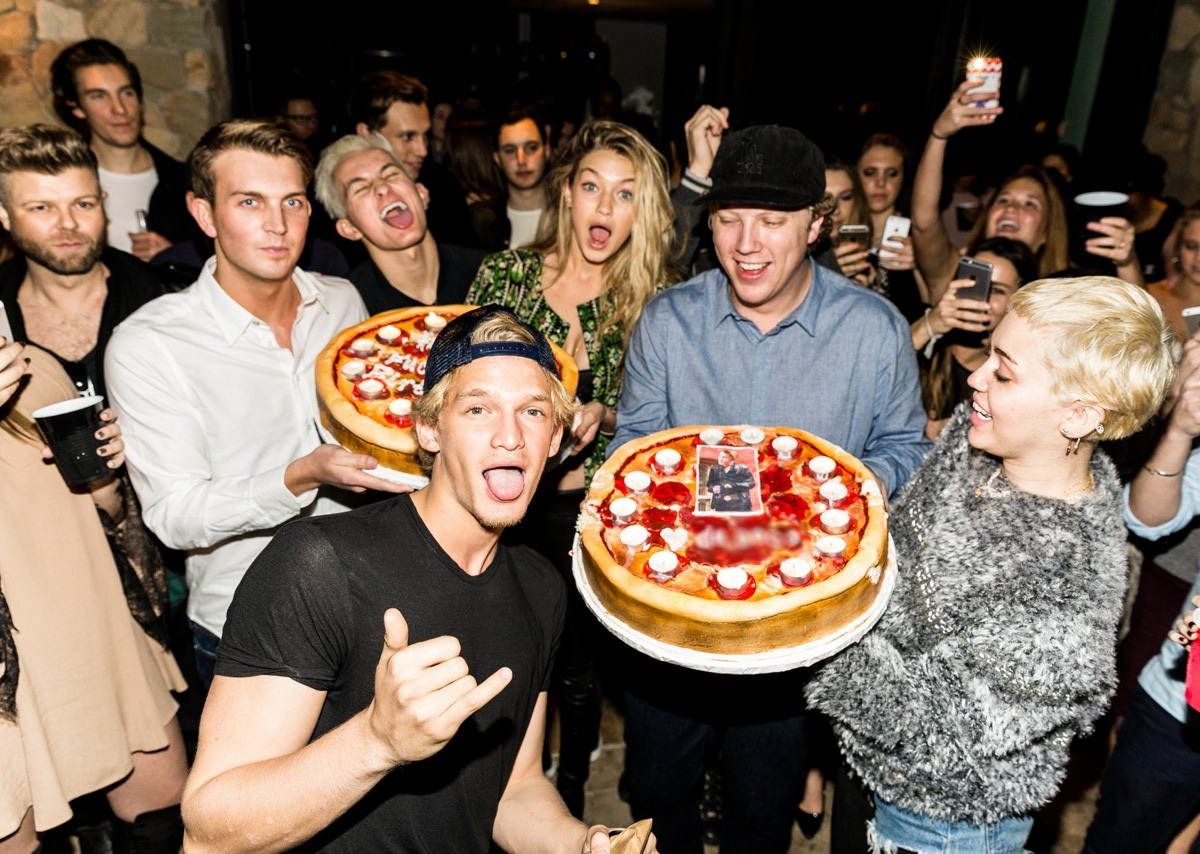 Wondrous Cody Simpsons 18Th Birthday Miley Cyrus Justin Bieber And More Funny Birthday Cards Online Alyptdamsfinfo
