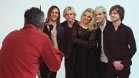 r5-behind-the-scenes-photoshoot-16