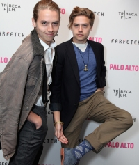 dylan-and-cole-sprouse-college
