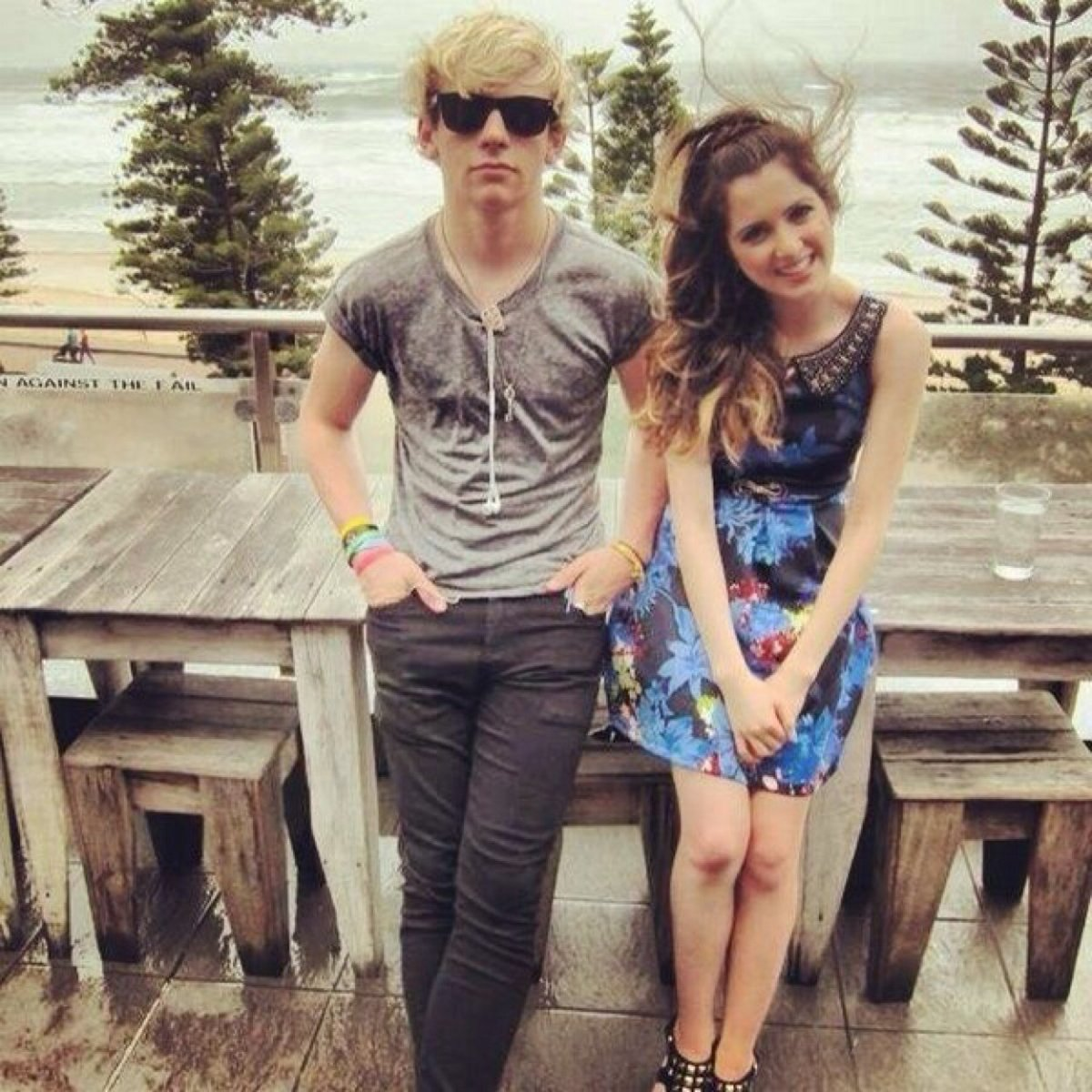 is laura and ross dating in real life