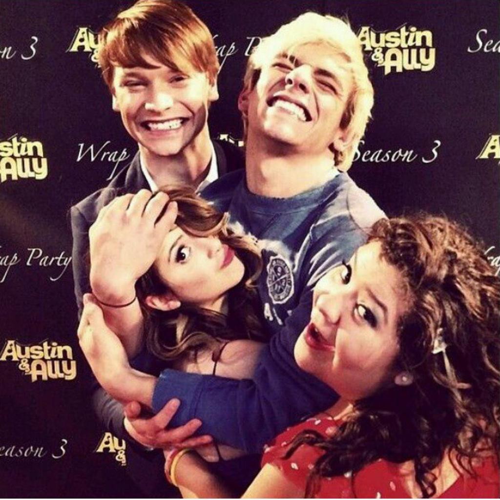 are austin and ally dating in real life 2016