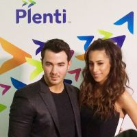 arriving-at-the-plentirewards-launch-party-with-kevinjonas-plentitogether-sponsored