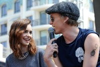 lily-collins-jamie-campbell-bower-7