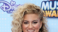 tori-kelly-four-facts-video