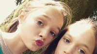 daisy-and-phoebe-tomlinson-louis-tomlinson-sister
