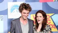 kristen-stewart-robert-pattinson-10