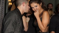 nick-jonas-selena-gomez-party