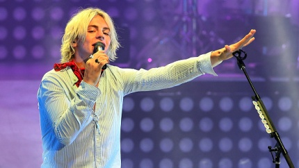 ross-lynch-opens-up-about-his-girlfriend