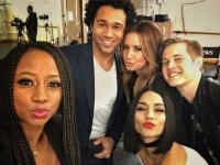 high-school-musical-reunion-cast-selfie-1