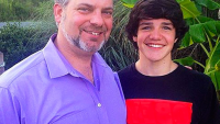 aaron-carpenter-stepdad-jeff-anderson-passes