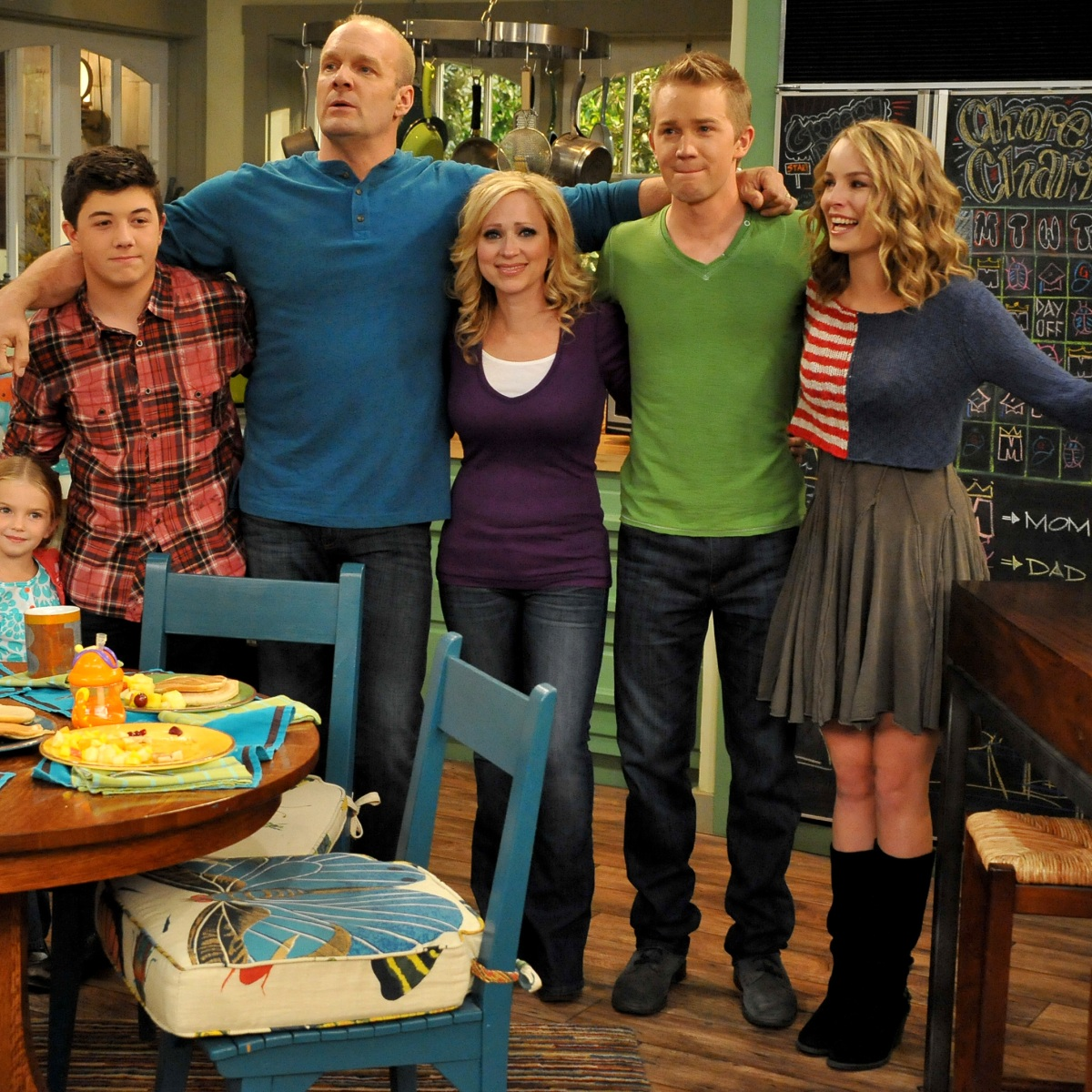 Disney Channel S Good Luck Charlie The Reason The Show Ended