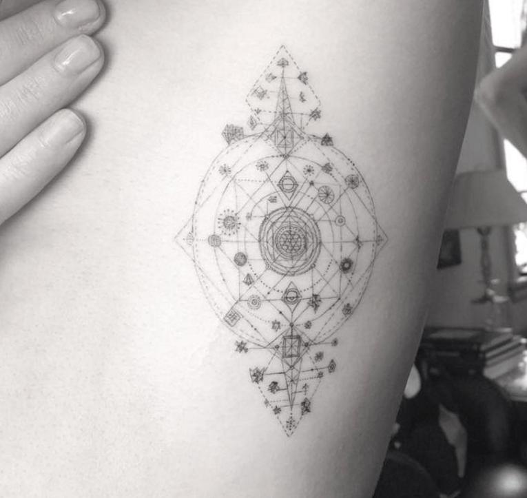 ellie goulding tattoo instagram