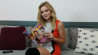 olivia-holt-status-update-movie
