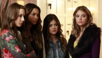 pretty-little-liars-2