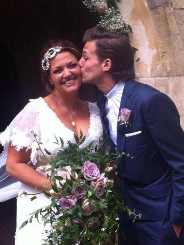 louis-tomlinson-mom-wedding