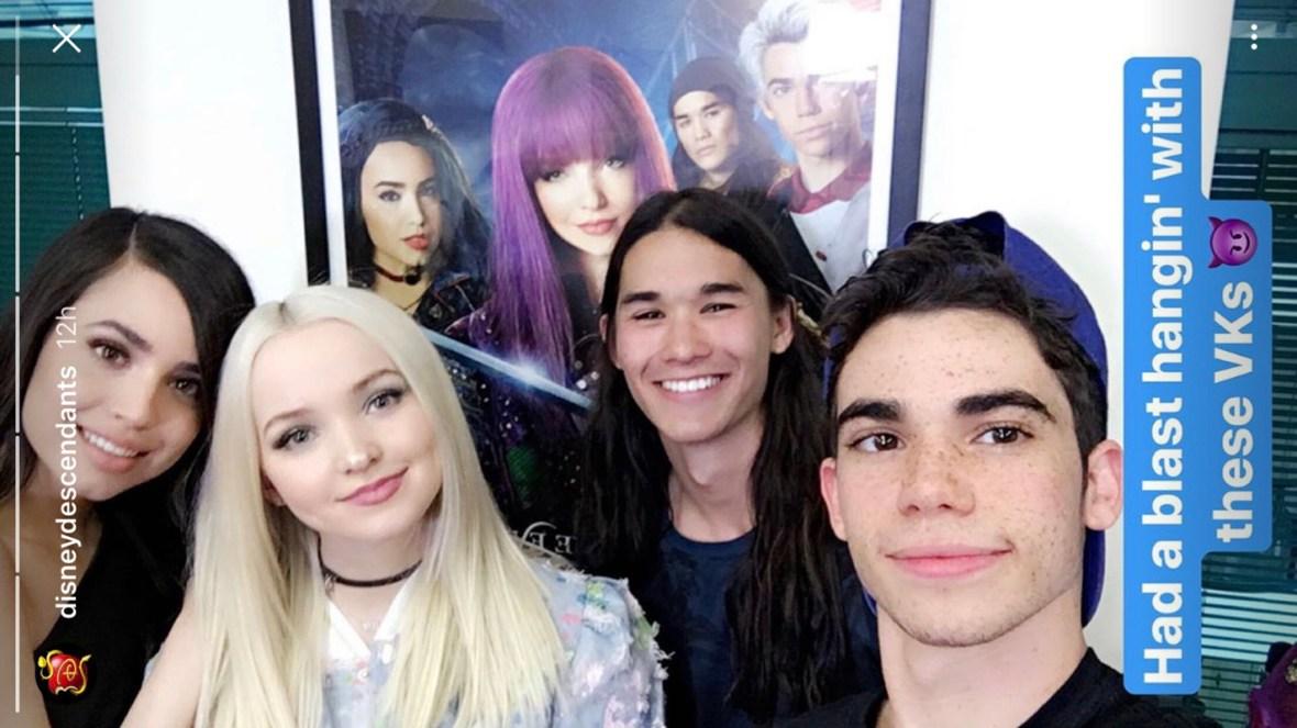 descendants cast new selfie