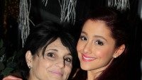 airana-grande-mom-joan