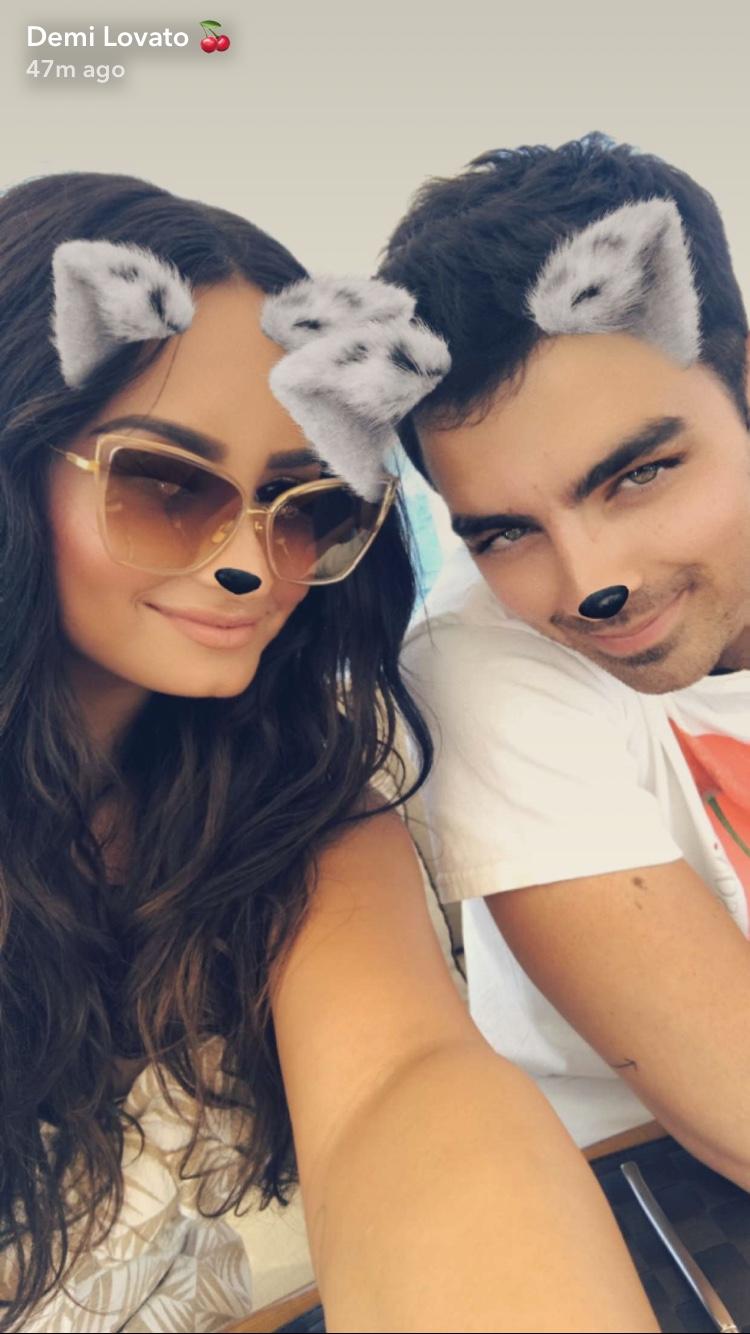 demi and joe snapchat selfie 2017
