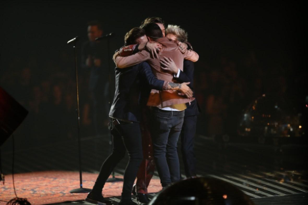 one direction group hug x factor