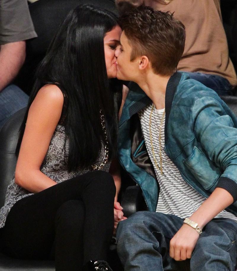 selena-gomez-justin-bieber-kissing