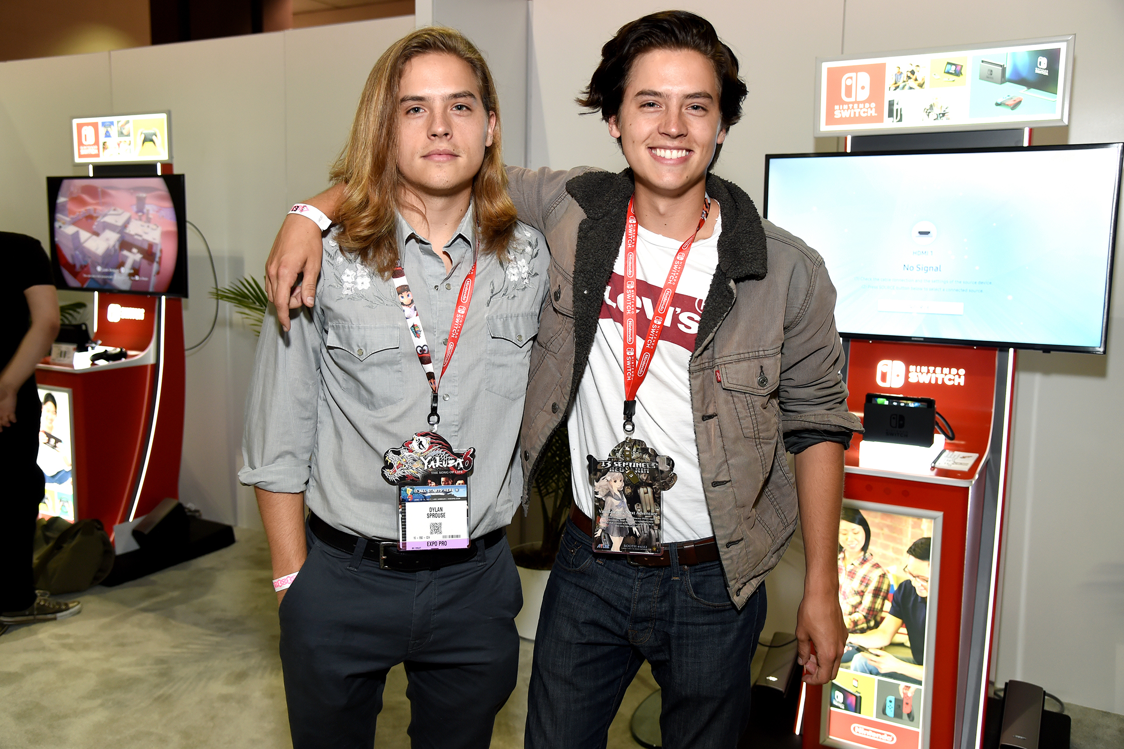 dylan-cole-sprouse-2017