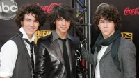 jonas-brothers-hair