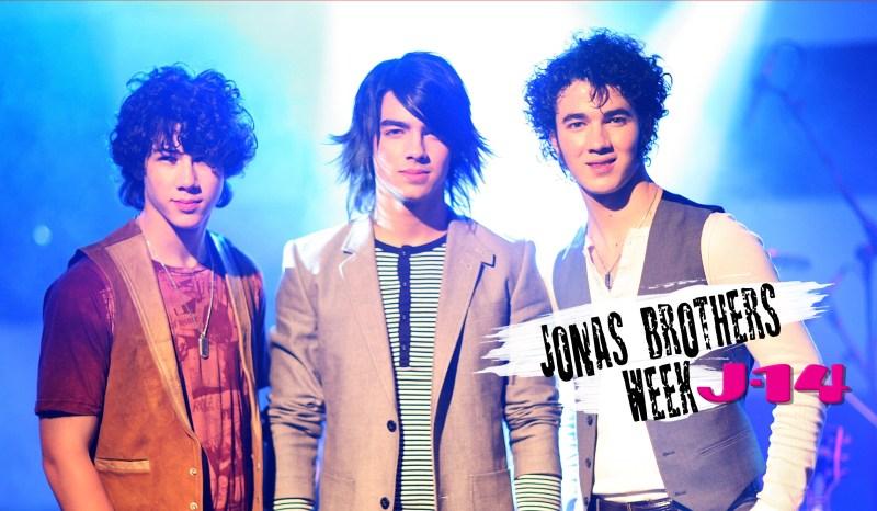 jonas-brothers-throwback