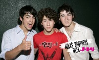 jonas-brothers-week-secrets