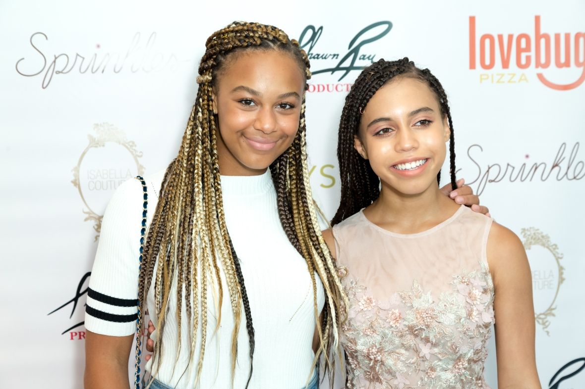 nia sioux and asia monet