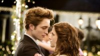 robert-pattinson-kristen-stewart-twilight-hd-wallpaper