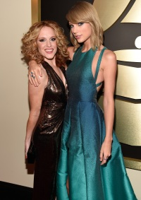 taylor-swift-abigail-anderson-grammys