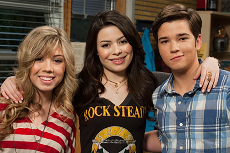 Icarly episodes where sam and freddie are dating