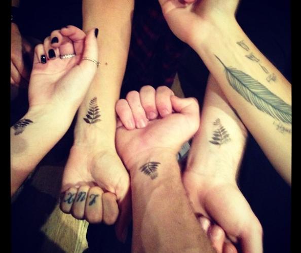 niall horan tattoo fake