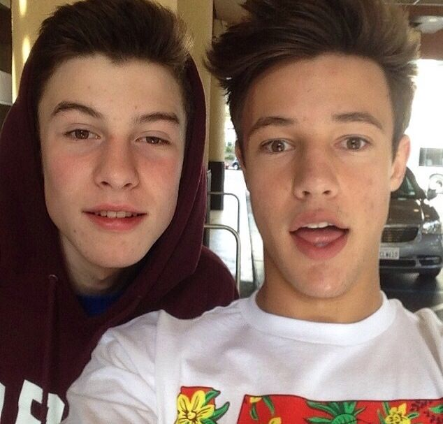 shawn and cameron selfie