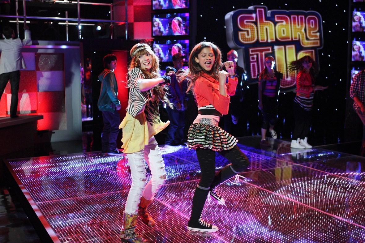 shake it up costumes 1