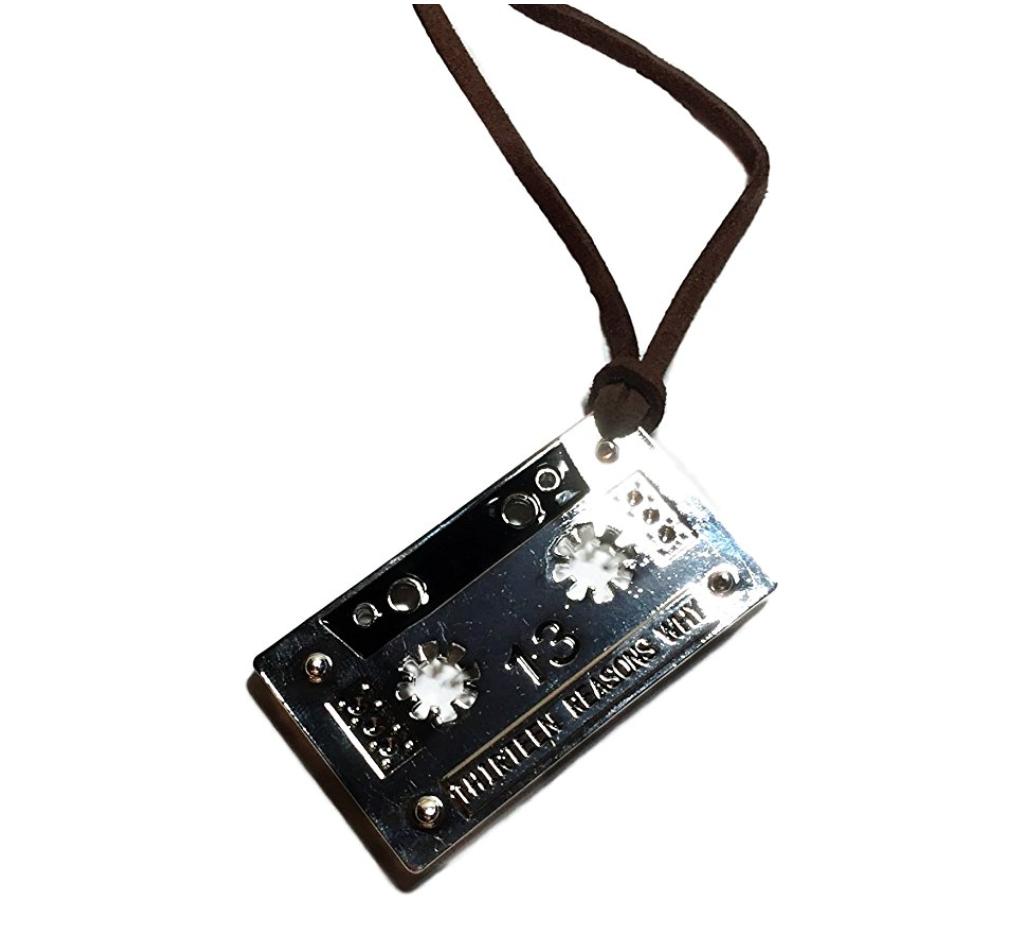casette-tape-necklace